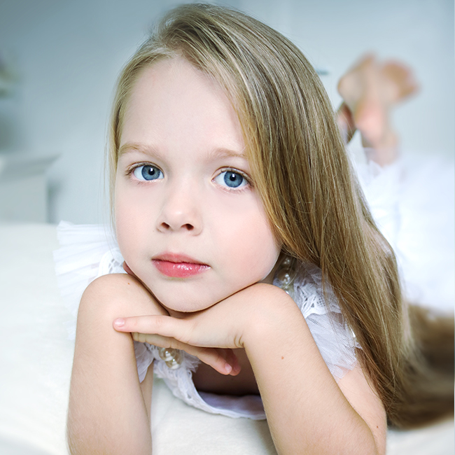 There is a huge demand for child models in the commercial sector and many agencies focus specifically on kids modelling from babies up until the age of Jobs range from TV commercials through to print campaigns, catalogues and even highway billboards.